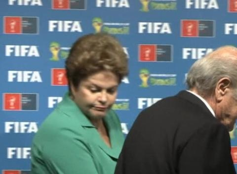 News video: Brazil Handover World Cup Reigns to Russia